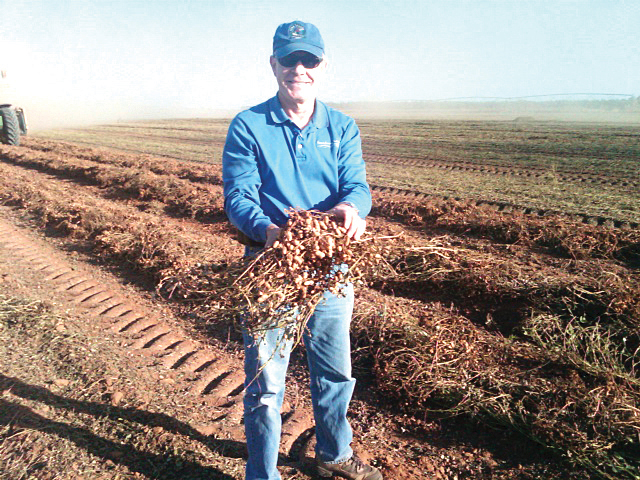 FRED HEPLER<strong>A PASSION FOR FARM MANAGEMENT</strong><a href=http://www.landmagazines.com/profile-1/fred-hepler-a-passion-for-farm-management>More</a>