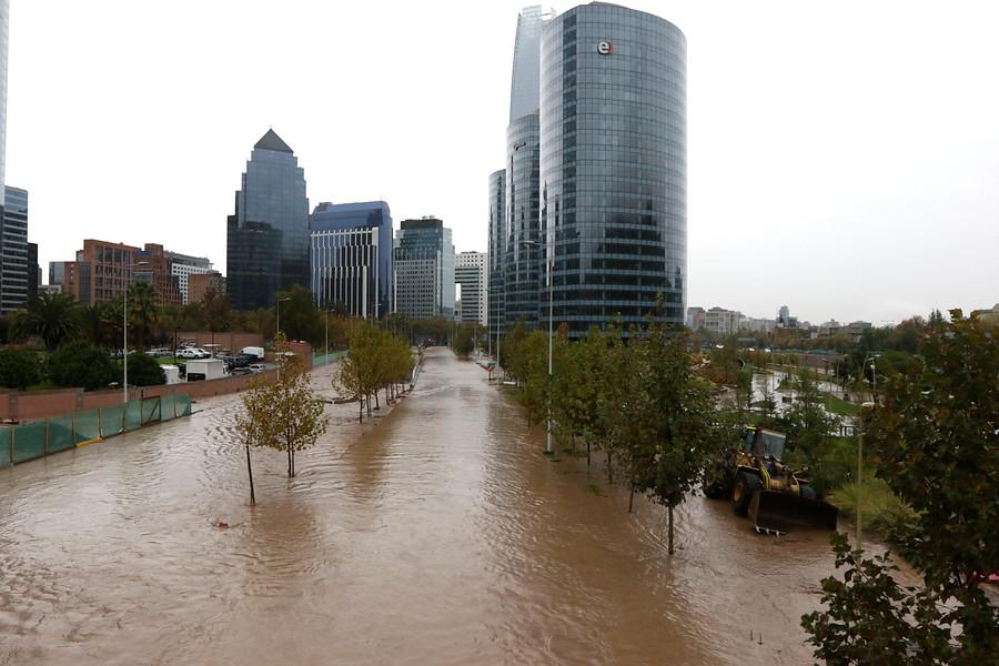 (1) Inundaciones en Santiago (17 Abr. 2016) © 24 Horas