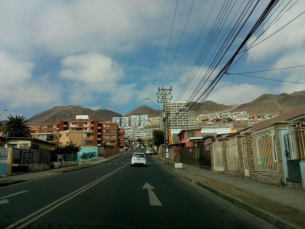 (1) Auge de la construcción y transformación del paisaje urbano en Antofagasta © Sebastián Rodríguez L. para  LOFscapes.
