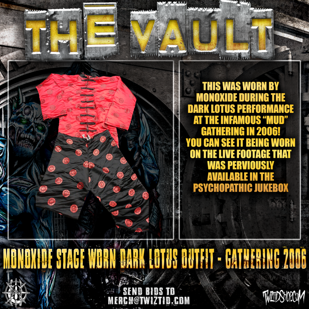 The Vault Monoxide Dark Lotus Outfit.png