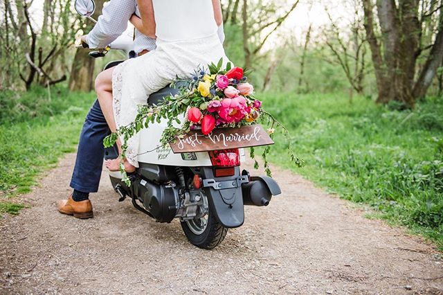 GUYS! @deborahgracephotography hit it out of the park with this shoot! Photography: @deborahgracephotography | Floral Design: @madisonhouseflowers |Hair & Makeup: @beautybyjlou | Signage: @inkwellandco |Scooter: @capcityscooters  #asseenincolumbus #inkwellandco #cbusweddings #columbusohio #partycbus #weddinginvitations #weddingsignage #stationery #calligraphy #handlettering #moderncalligraphy #modernlettering #614bride #columbuswedding #midwestbloggers #midwestweddings #weddingsigns #weddinginspo #makewavesmonday #risingtidesociety