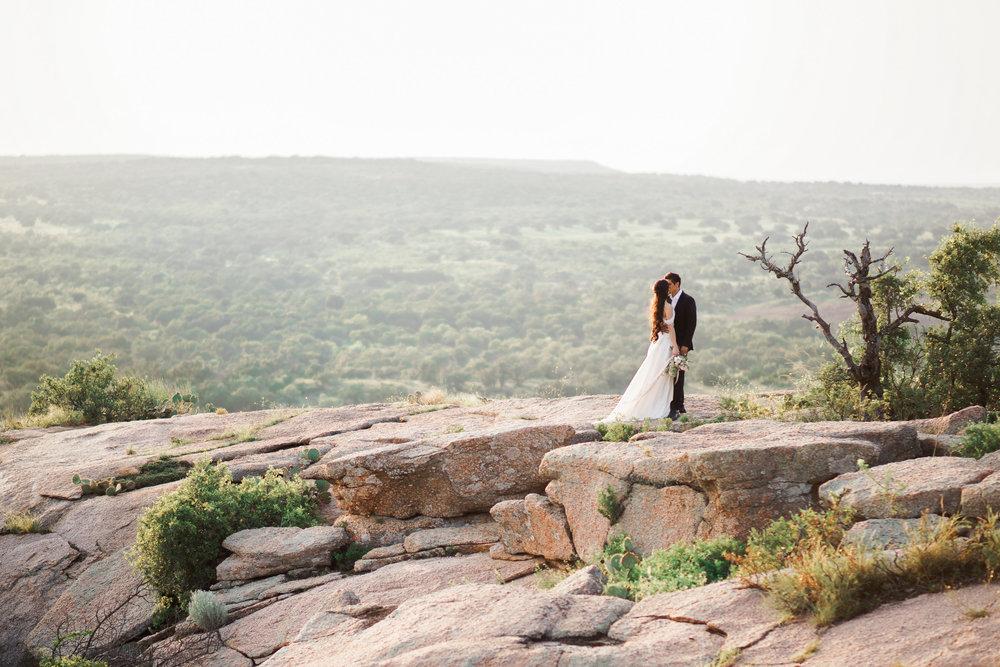 beautiful enchanted rock elopement and austin wedding inspiration
