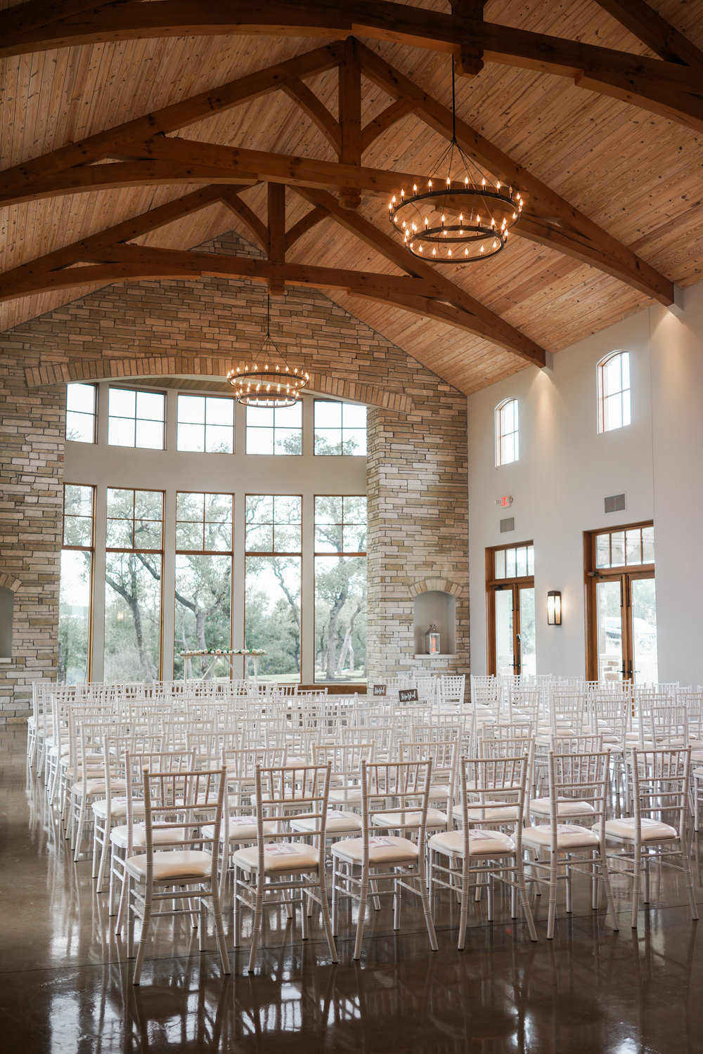 Canyonwood Ridge wedding photographer based out of Austin, Texas. Beautiful ceremony space with hill country views.