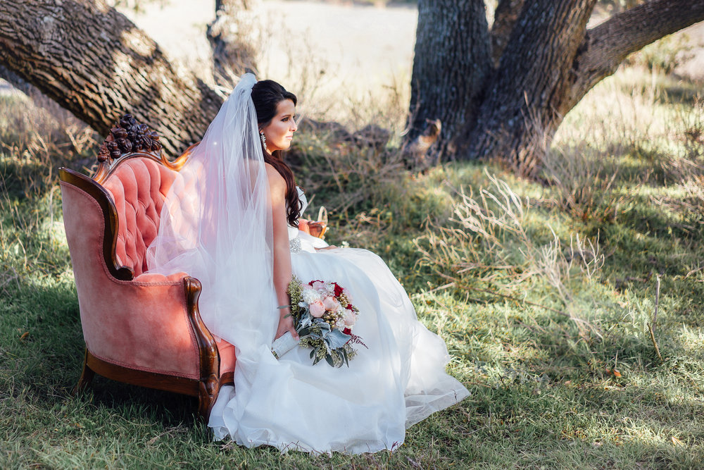 Inspiring Oaks Ranch Wimberley Wedding Photos