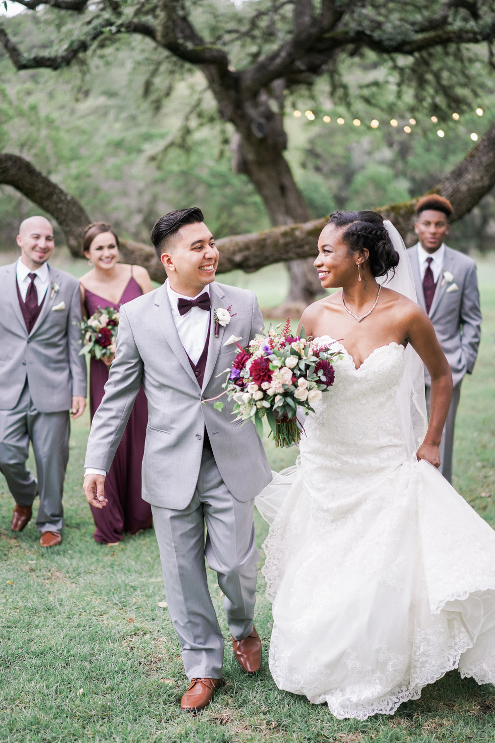 Ivory Oak Wedding | As seen in Style Me Pretty | Ivory Oak Wedding Photos