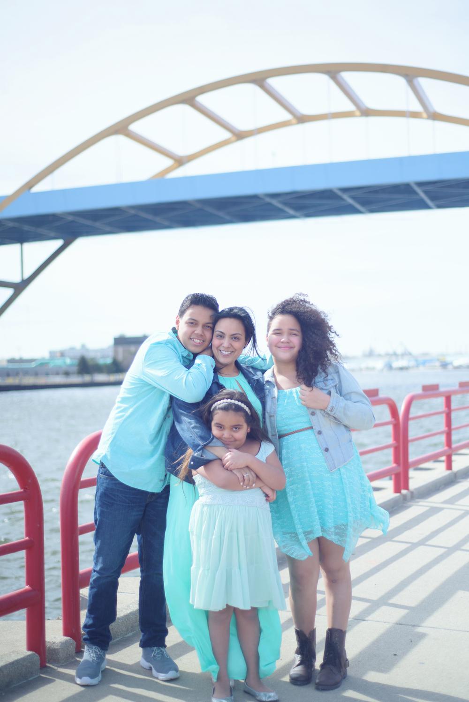 Yvonne-Family-35.jpg