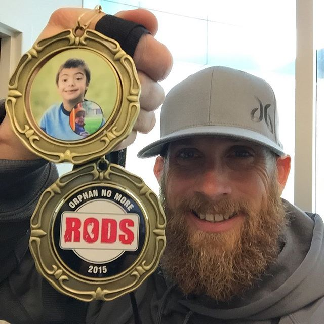 @rodsracing is doing great things this holiday season with their Orphan No More Medals! Each medal is helping fund the adoption grant for an orphan with Down syndrome, bringing them one step closer to their forever family. Check out the video link in my profile or visit their page to see how you can help. #rodsinspired #icinspired #miles2million.