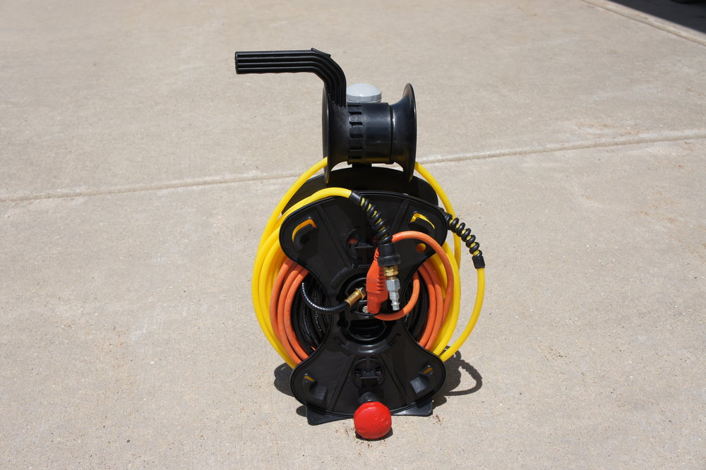 The FreeReel with Power Cord and Air Hose