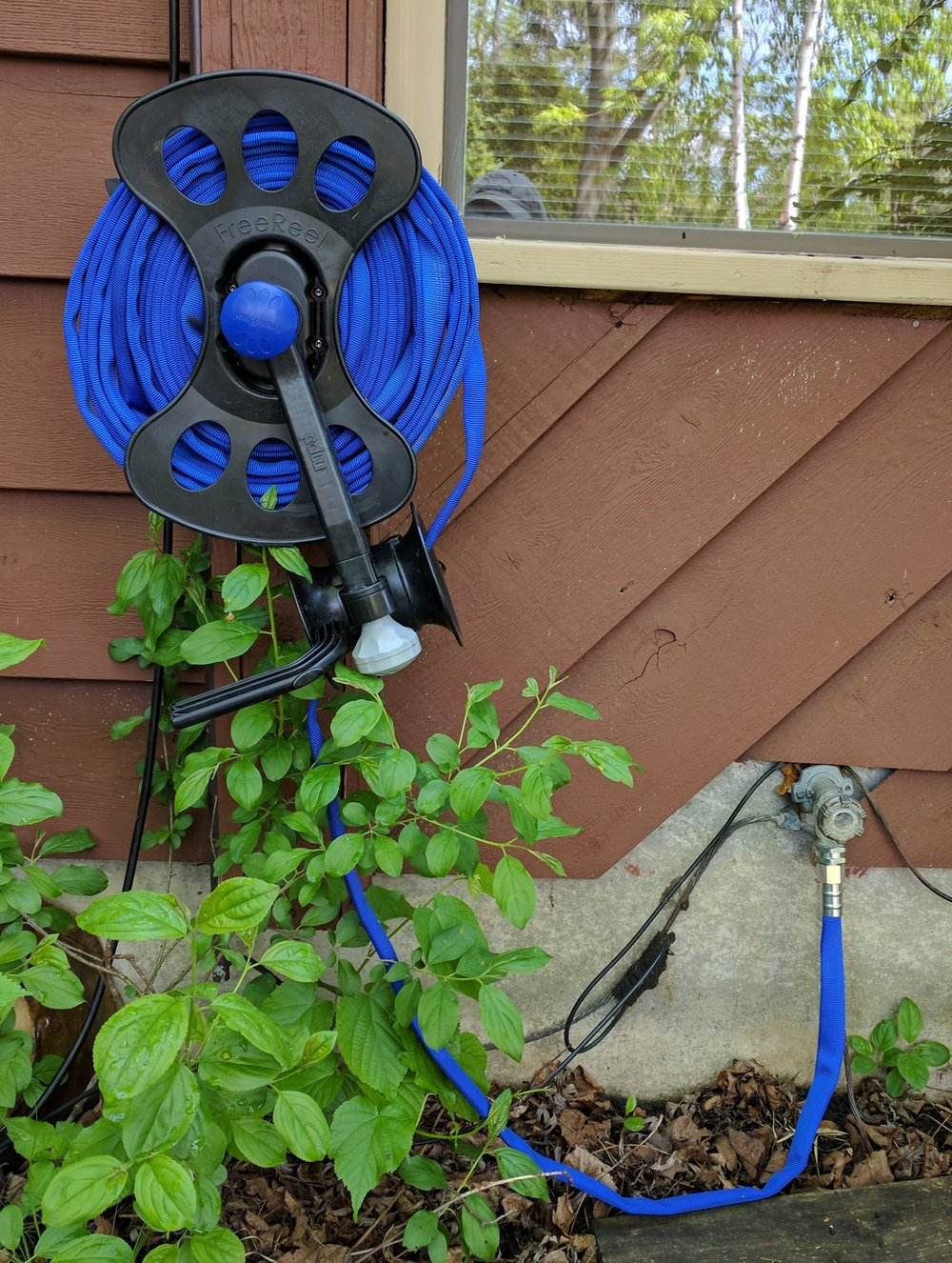 The FreeReel with a Flexible Water Hose