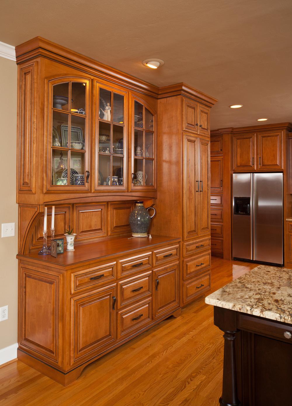Cabinets_kitchen.jpg