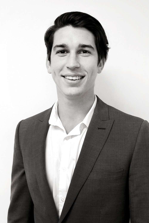 Niall Hoolahan | Consultant
