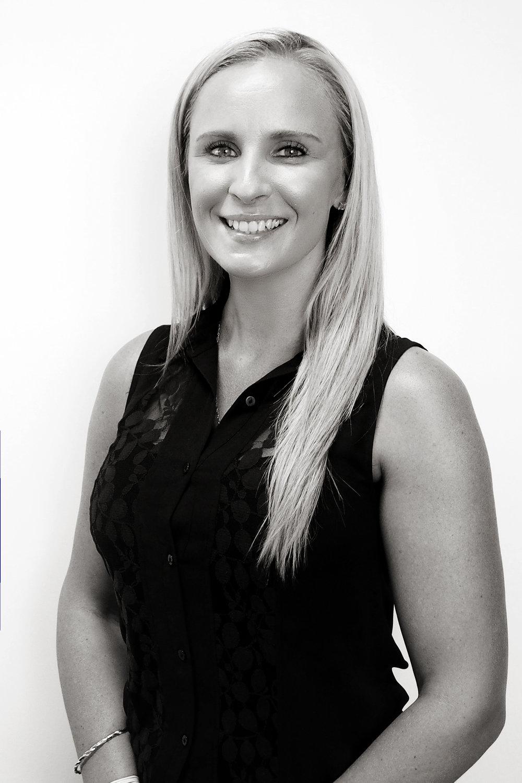 Siana Lowe | Accounts Officer