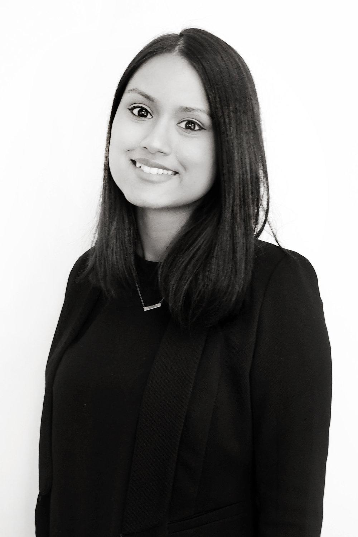 Evana Seneviratne   Consultant