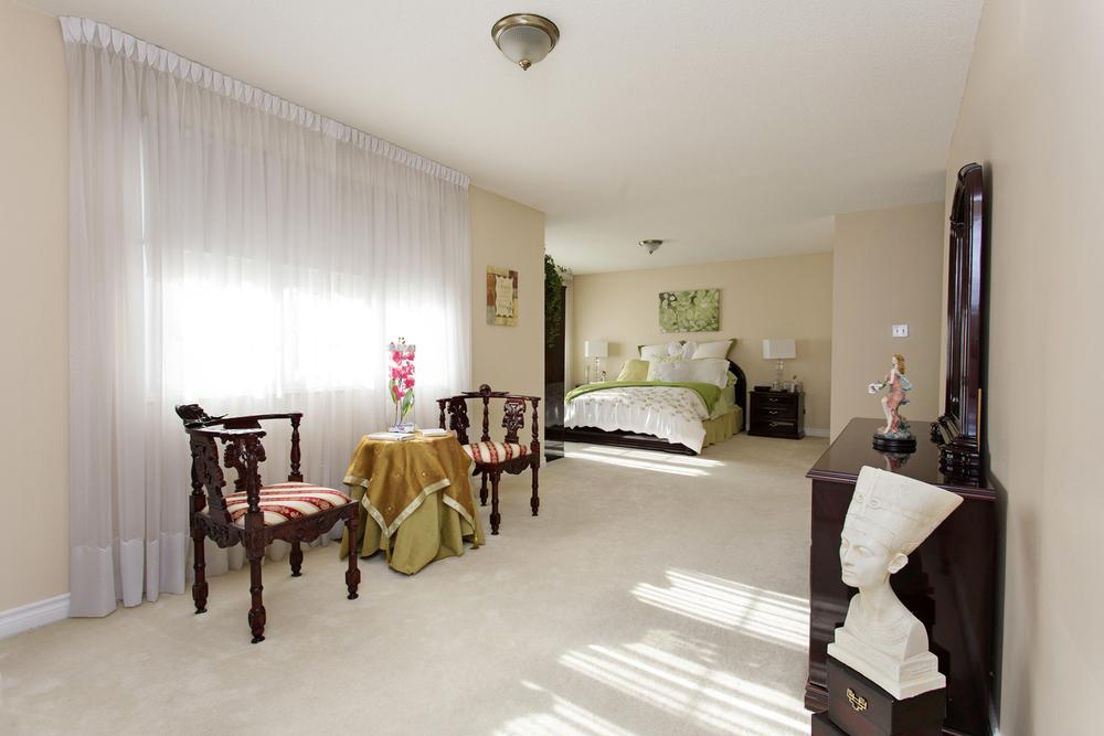 master bedroom1e.jpg