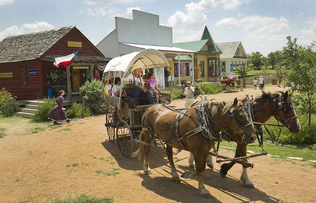 Sprinkle - rbz_Pioneer_Farms_Indy_04.JPG