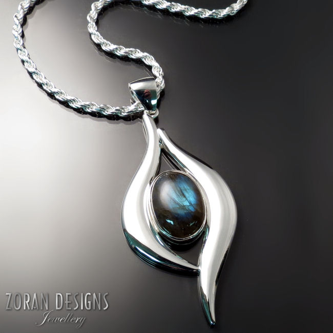 Custom made jewellery: unique pendant