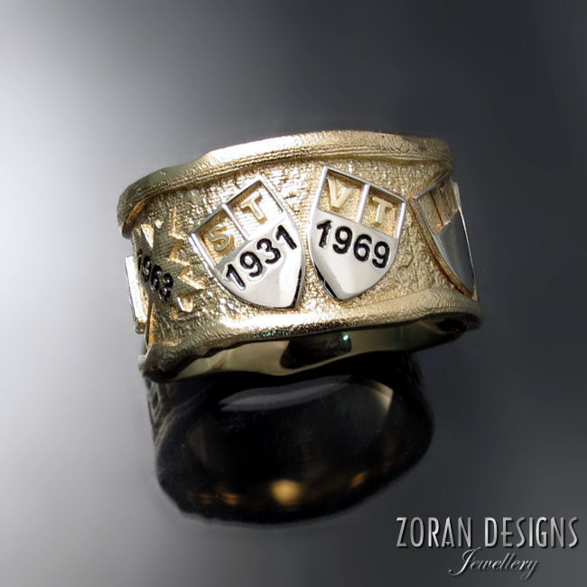 Bespoke men's family ring