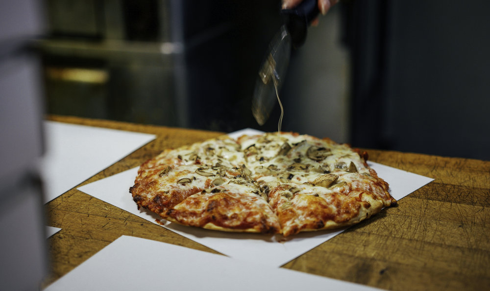Mancino's Pizza & Grinders-23.jpg