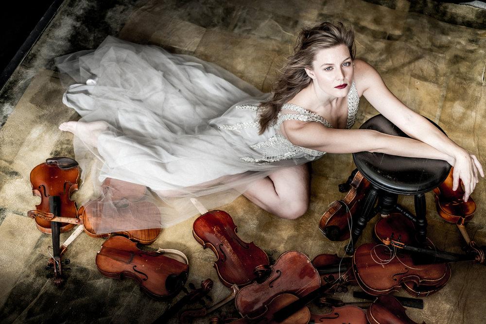 Rachelle Puccini (Dario Acosta photography,  Darioacosta.com )