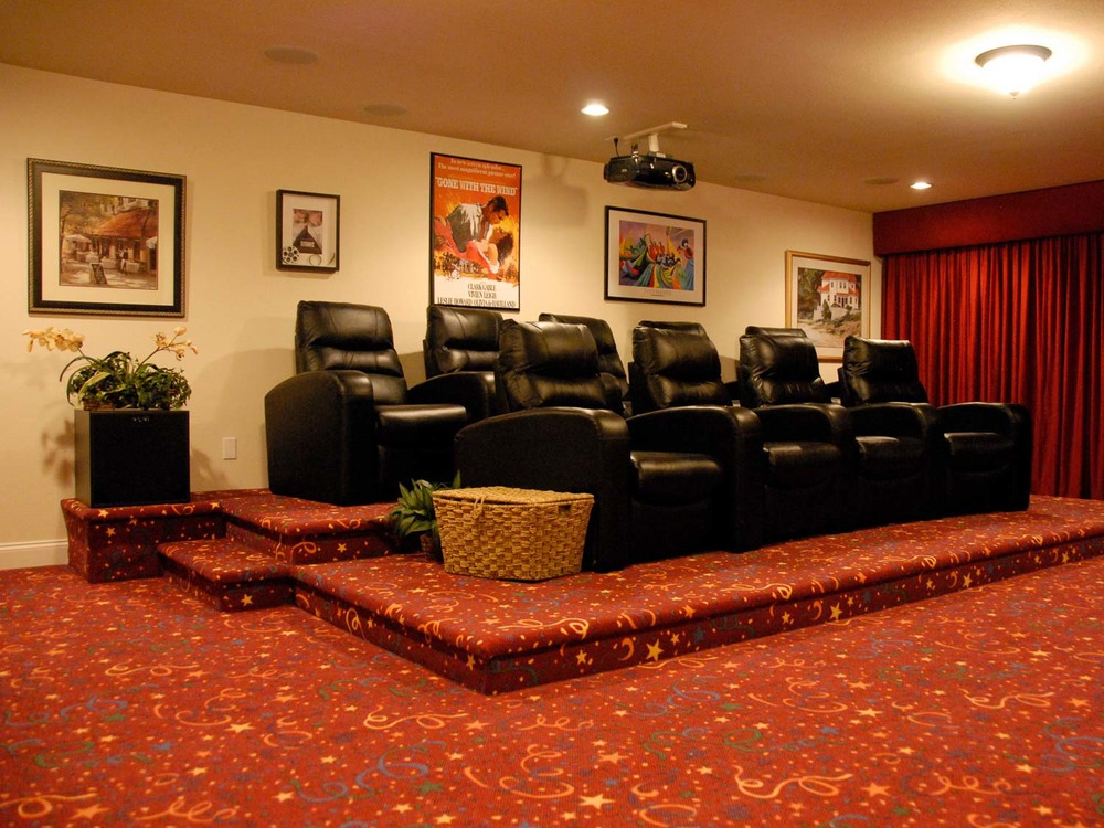 HomeTheater-5.jpg