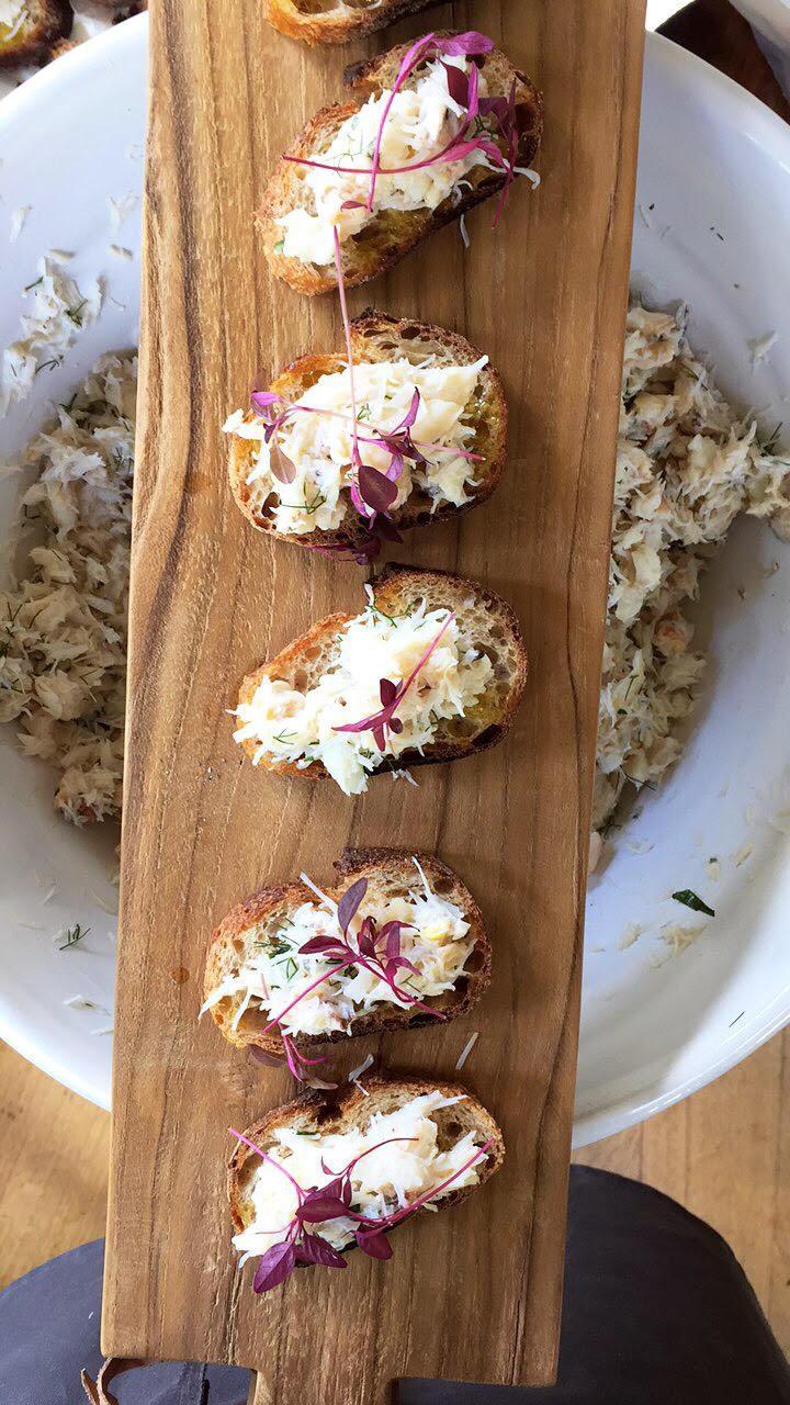 crab crostini.jpg