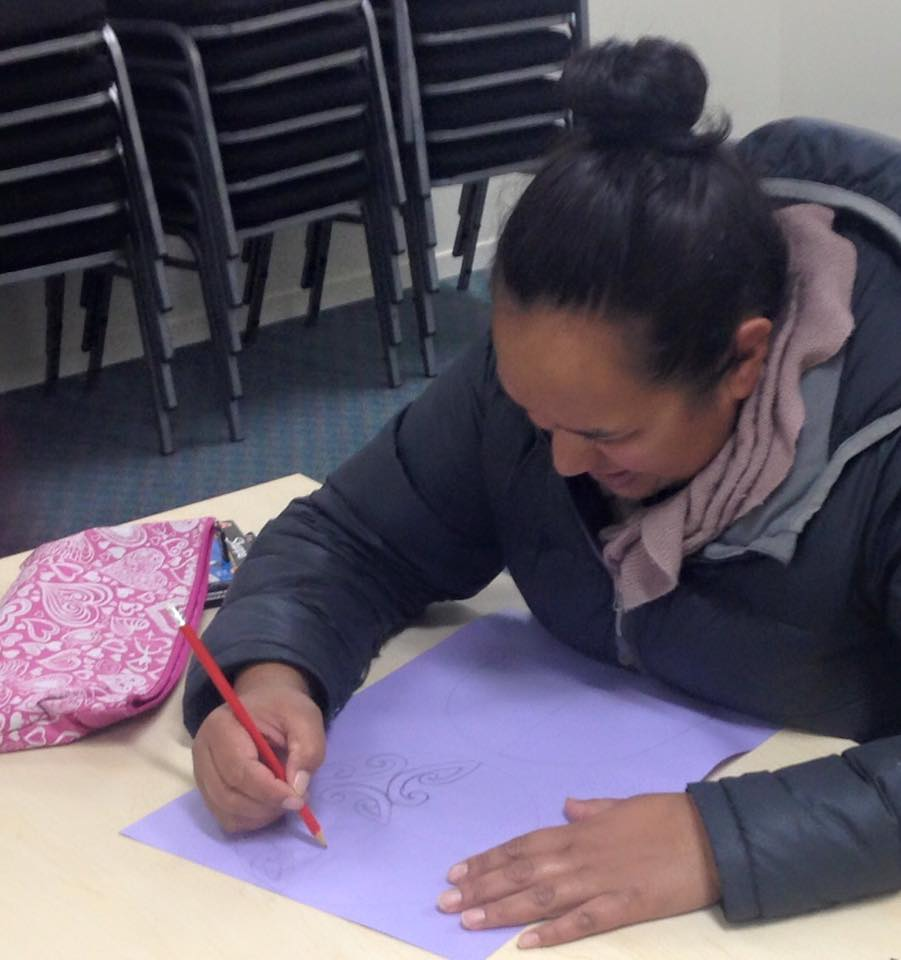 One of the workshop participants sussing out the technique so she can share it with the tamariki that she works with.
