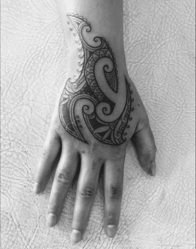 maori tattoo tatau polynesia tahiti