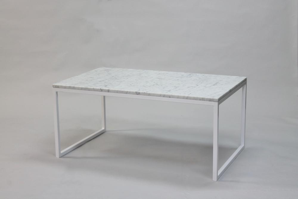 Marmorbord, vit- 100x60x45 cm, vitt underrede halvkub Pris 5 500:- inkl frakt Finns även i 120x60 cm - pris 6 500:- inkl frakt
