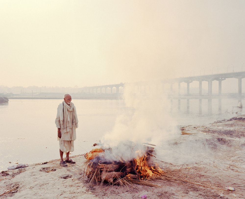 Funeral pyre of Ram Bhagat. Allahabad, India, 2013.
