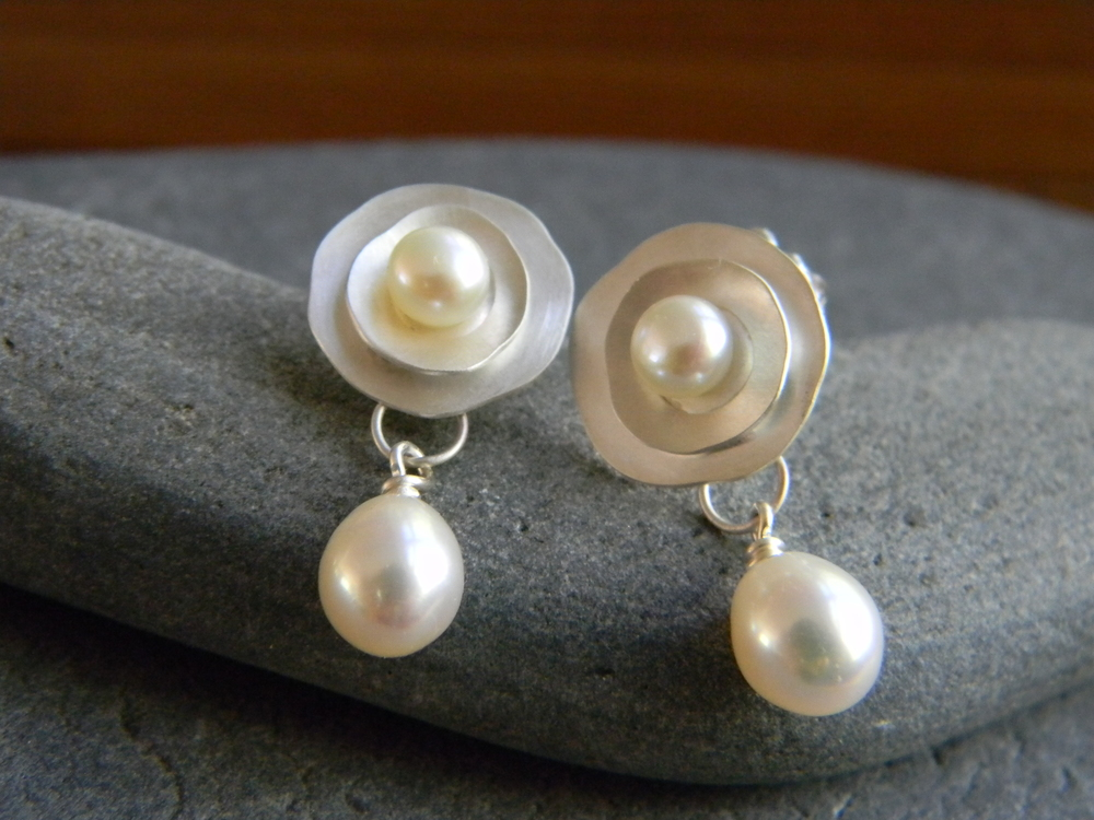 Sterling silver and cultured freshwater pearl earrings