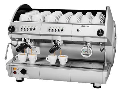 Aroma SE200 Saeco   A  Aroma SE200  oferece uma ampla variedade de soluções com dois grupos de café, em versão eletrônica. Omodelo SE 200está dotadodo sistema de pré-infusão e programação eletrônica de serviço. Desenvolvida para satisfazer qualquer necessidade profissional, a linha Aroma é capaz de oferecer tecnologia de alta qualidade.