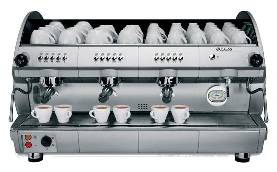 Aroma SE300 Saeco   A  Aroma SE300  oferece uma ampla variedade de soluções com três grupos de café, na versão eletrônica. Omodelo SE 300 estádotadodo sistema de pré-infusão e programação eletrônica de serviço. Desenvolvida para satisfazer qualquer necessidade profissional, a linha Aroma é capaz de oferecer tecnologia de alta qualidade.