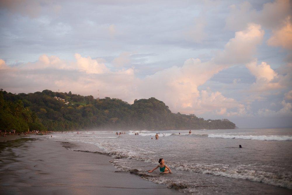 costaricaday687.jpg