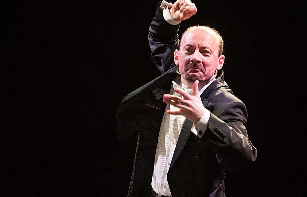 Piotr Sulkowski, guest conductor