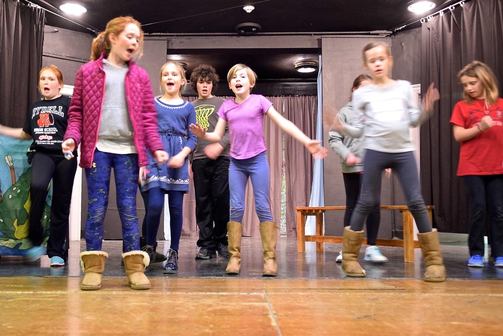 kids singing in rehearsal.JPG
