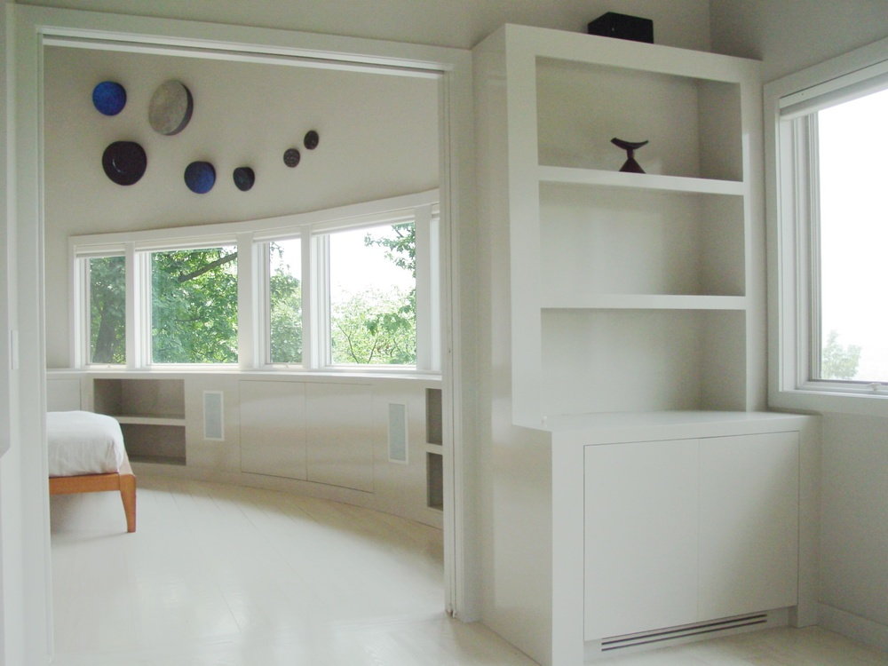 curved-modern-built-in-cabinetry