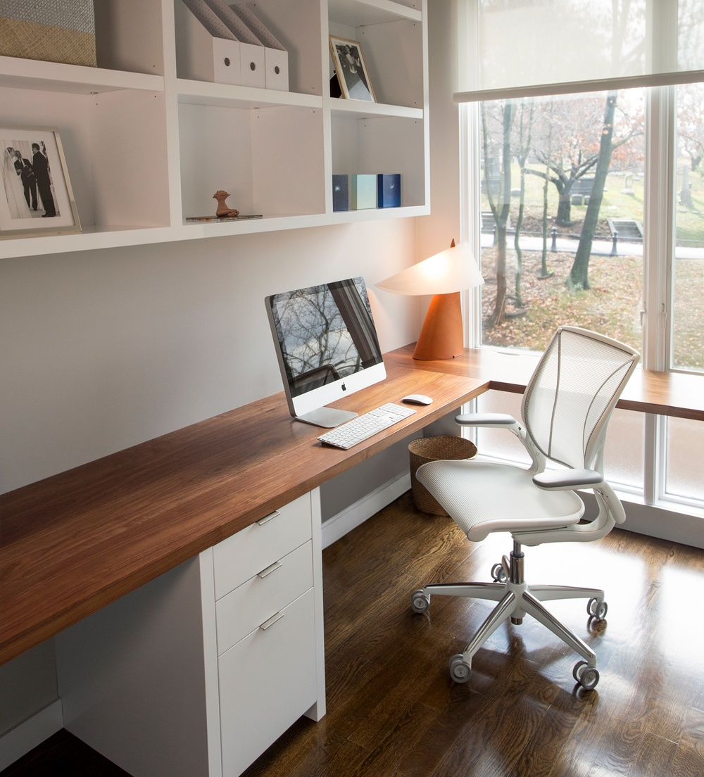 Modern home office hudson cabinetry design - Home office cabinetry design ...