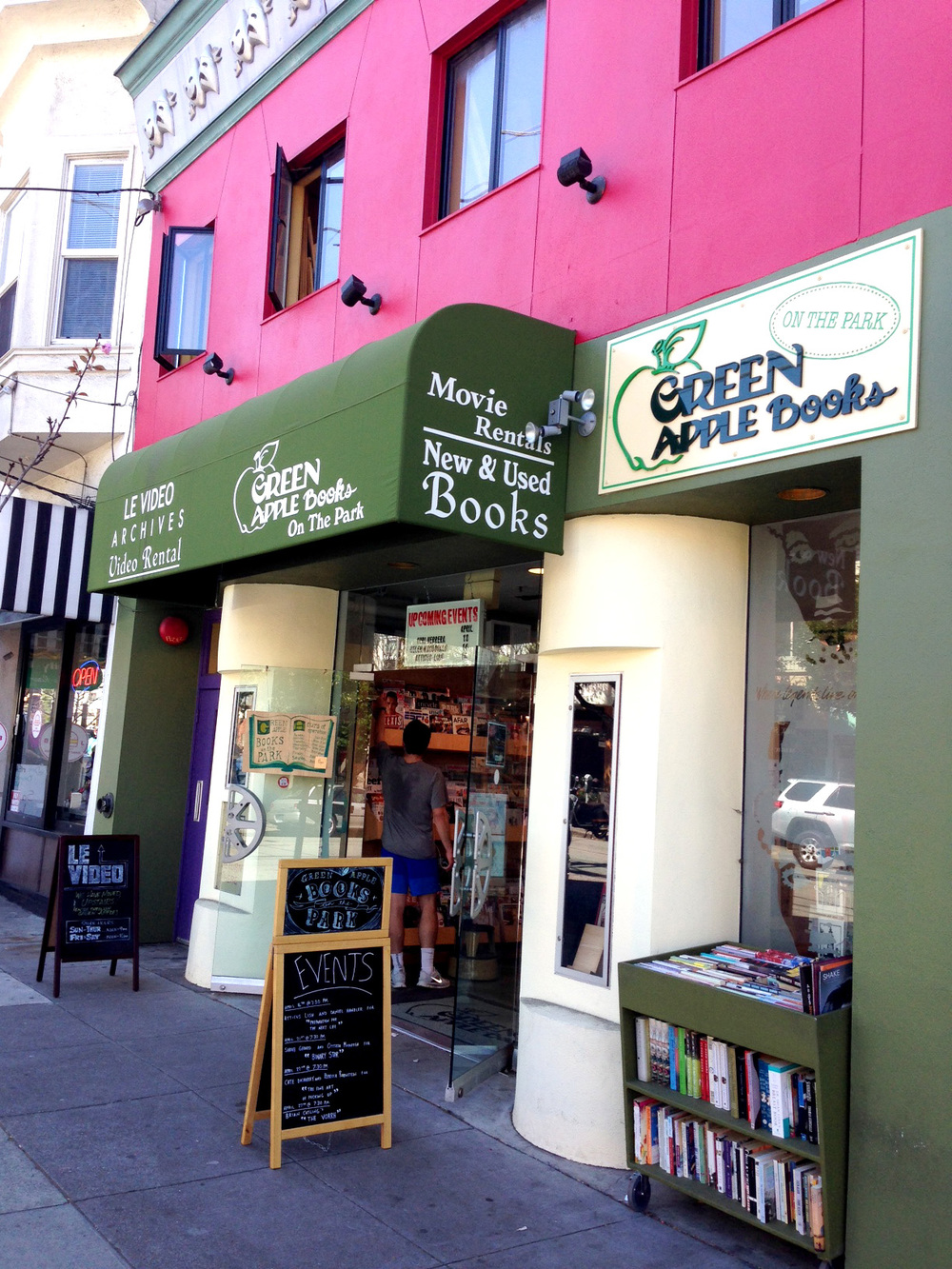 Green Apple Books on the Park