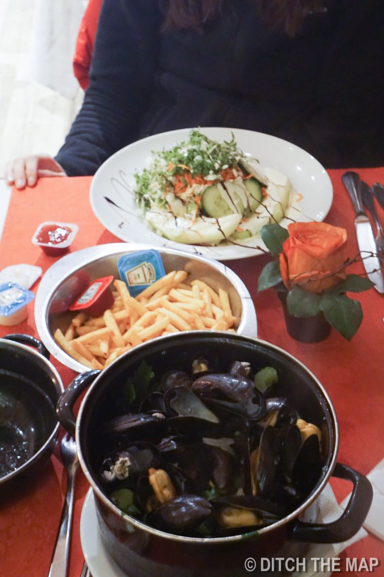 Disappointing mussels in Bruges, Belgium