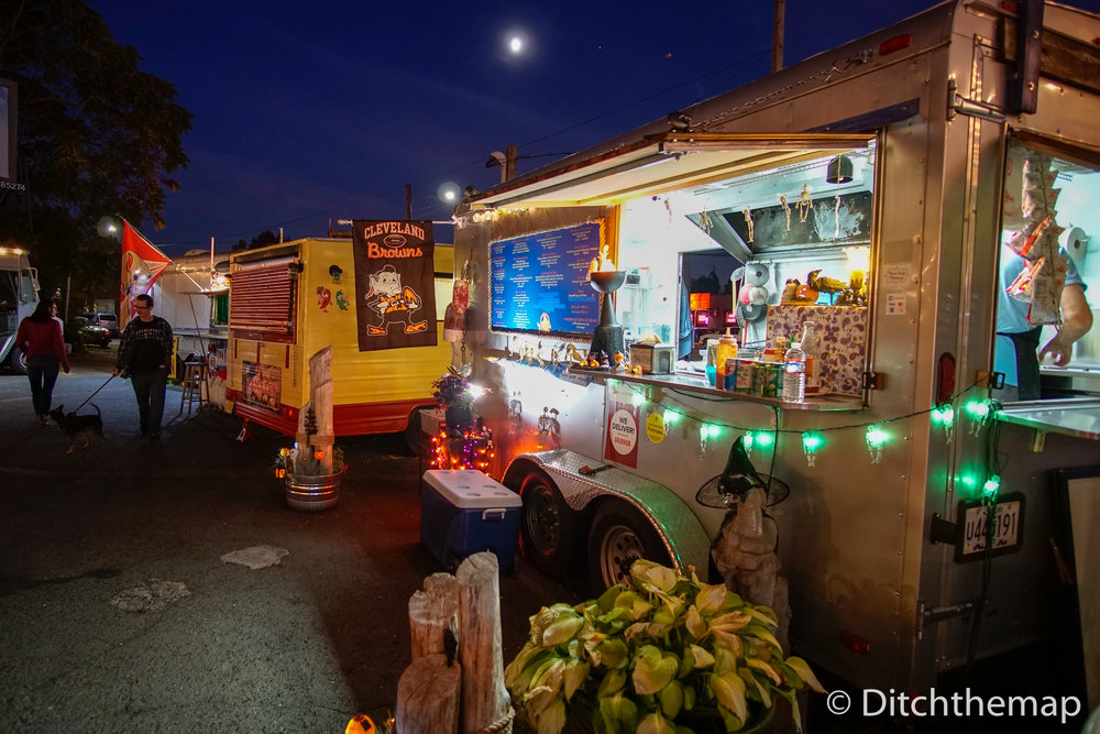 Food Trucks Around Town