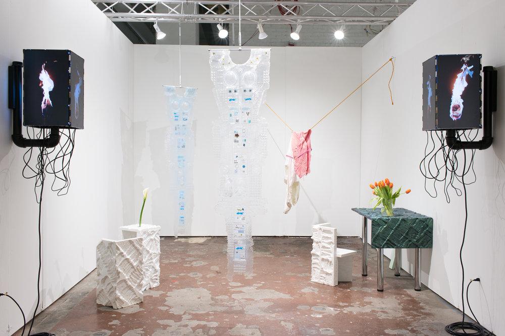 - NADA Art FairNew York, 2017Amy Brener, Cecilia Salama, Christine NavinHenry Barrett & Brendan SmithImages