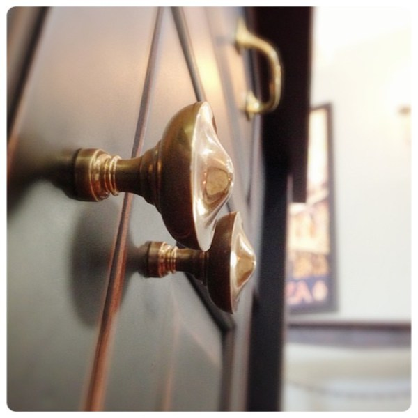 petite-cabinet-knobs-unlacquered-brass.jpg