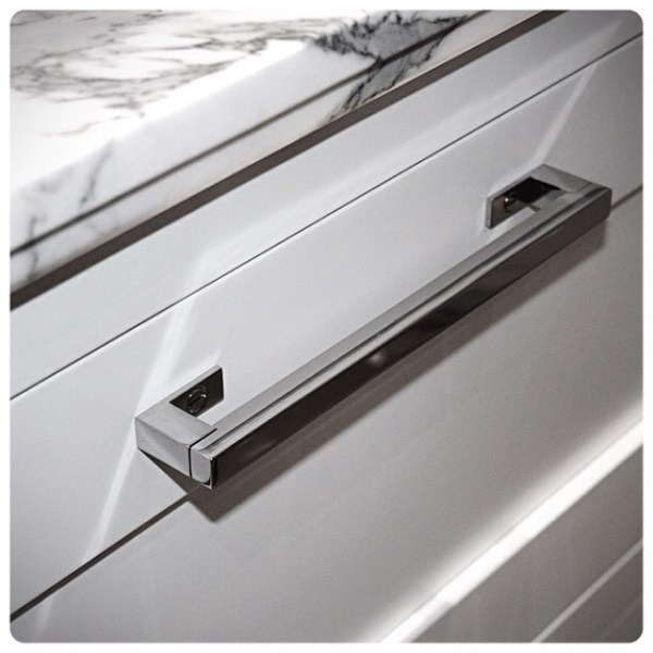 mod-pull-wh-mod-cabinet-drawer-pull-wilmette-hardware-hardwaredesign-wilmettehardware-polished-nicke.jpg