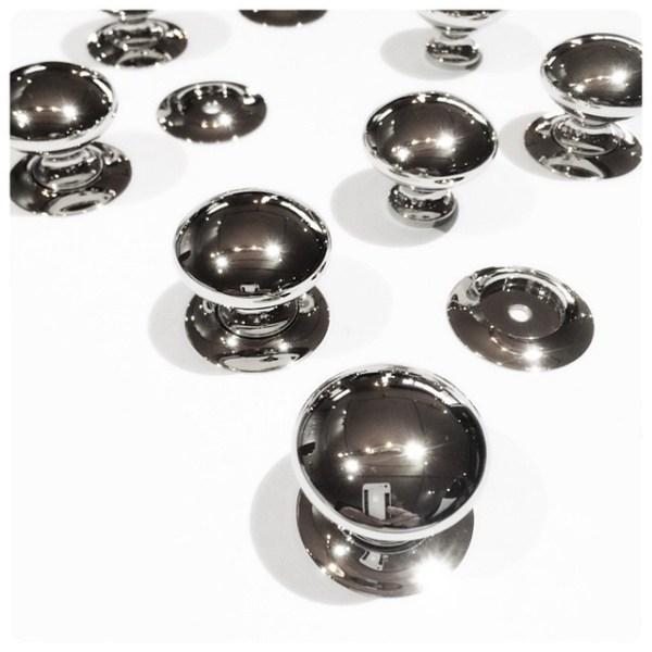 Lawndale-wh-cabinetknob.jpg