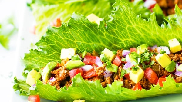 GROUND TURKEY TACO LETTUCE WRAPS           VIEW RECIPE           PHOTO CREDIT - EVOLVINGTABLE.COM