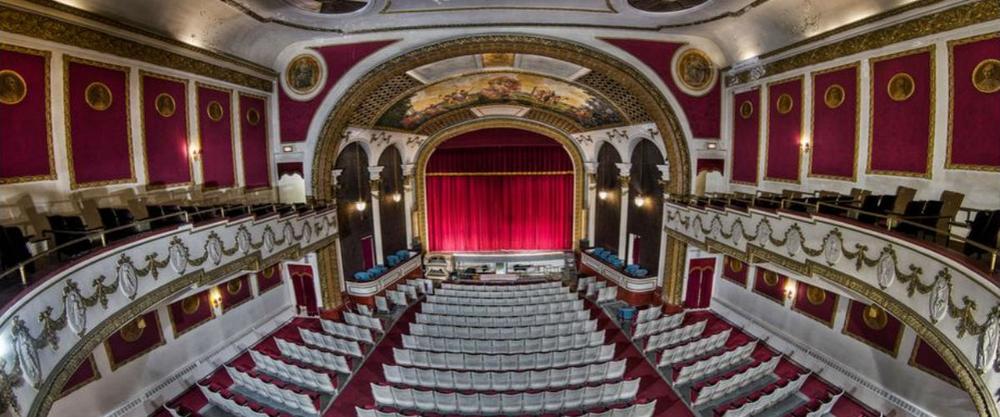 theaterslider.jpg