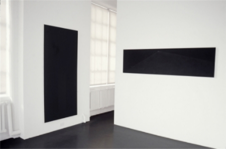 robert-moskowitz-at-Lawrence-Markey-1998-installation-view