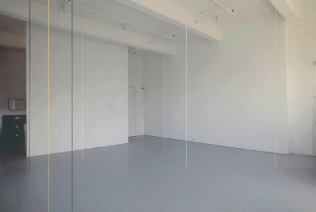 fred-sandback-at-Lawrence-Markey-1990-installation-view