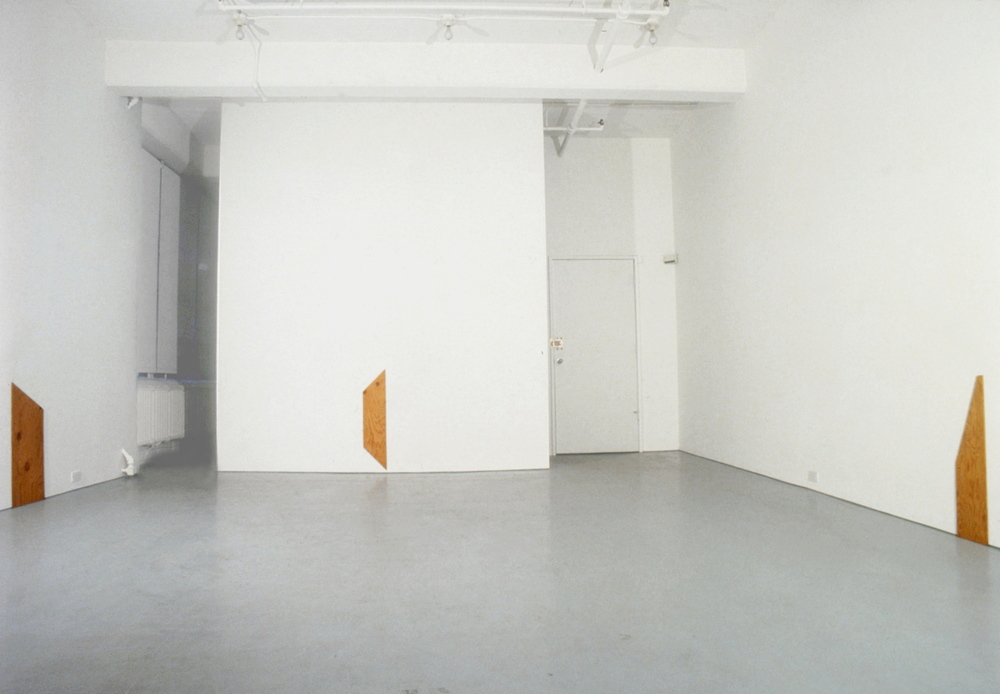 Richard Tuttle at Lawrence Markey 1990-91.jpg