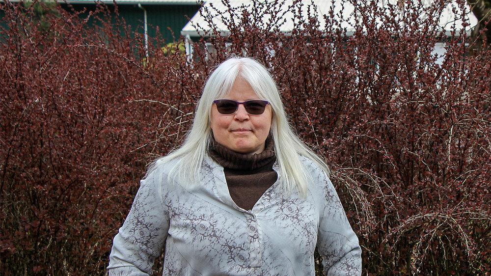Robyn Smith, Small Farm